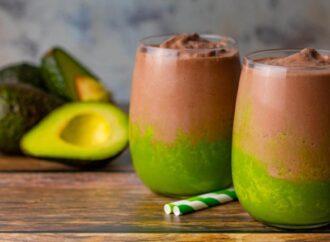 This Keto Chocolate Avocado Smoothie will make you strong
