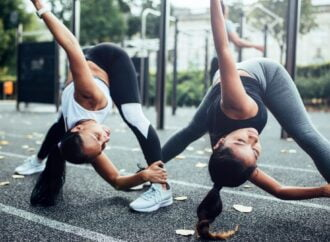 Simple warm up exercises for athletic beginners